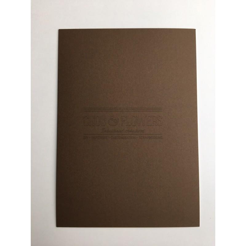 1 papier cartonné marron